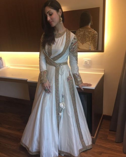 Yami Gautam in Rimple and Harpreet Narula for a Store Launch