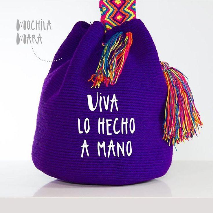 We love the spirit of the things made by hand. Don't you? . #wayuu #wayuubags #mochilawayuu #wayuumochila #handmade #hechoamano #handmadefashion #modasostenible #comerciojusto #fairtrade #fairtradefashion