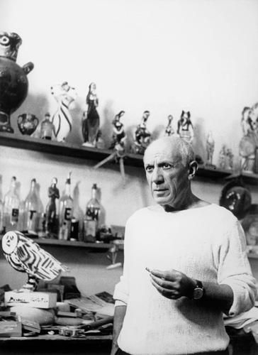 Pablo Picasso in his ceramics studio.