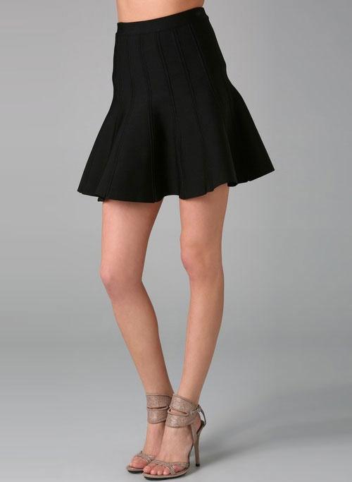 Herve Leger: Circles Fashion,  Minis, Flare Skirts, Leger Black, Herve Leger, Knits Skirts, Fashion Consignment, Black Engine, Leger Flare