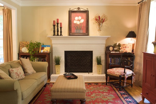 Painted brick fireplace: Fireplaces Renovation, Paintings Bricks Fireplaces, Color Palettes, Color Schemes, Livingroom, Living Room, Paintings Fireplaces, Fireplaces Makeovers, Painted Brick Fireplaces