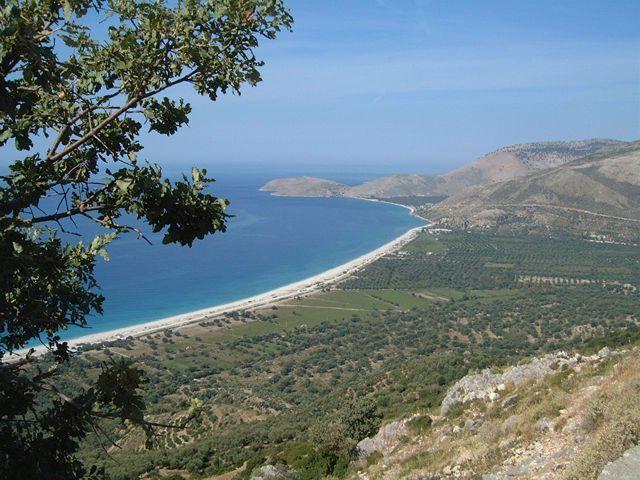 Saranda // Coastline in Albania ◆Albanie — Wikipédia https://fr.wikipedia.org/wiki/Albanie #Albania