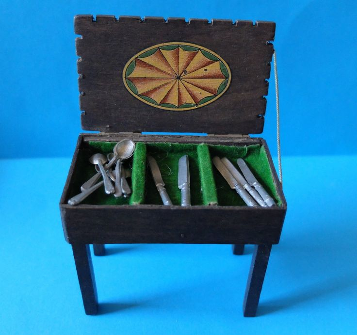 RARE COLLECTABLE VINTAGE 1930u0027S PIT A PAT DOLLS HOUSE CUTLERY BOX/TABLE |  EBay