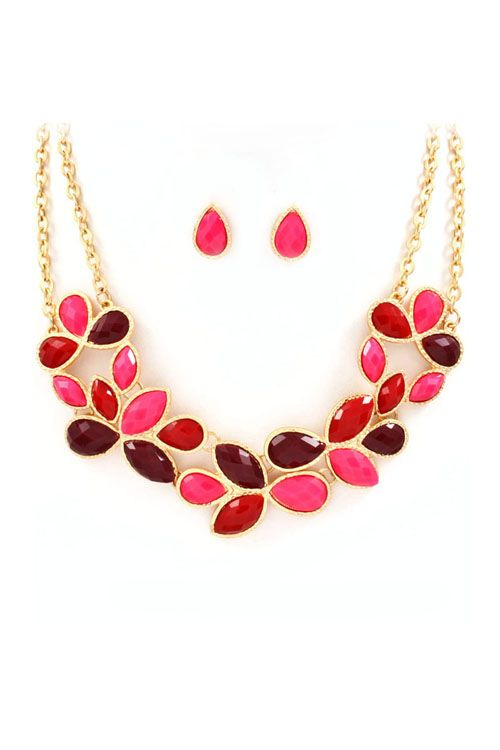 Teardrop Necklace - Have this in blue! Love it, but got it at a jewelry convention for $8, stingy price on their webpage!