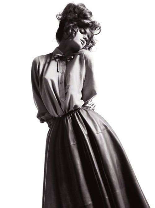 Stunning.: Willis Vanderperr, V Magazines, Magazines Summer, Posts, 2010 Models, Amazing Editorial, Editorial A Woman, Fall 2010, Summer 2010
