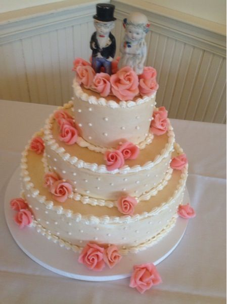 old fashioned wedding cakes google search wedding ideas pinterest old fashioned wedding. Black Bedroom Furniture Sets. Home Design Ideas