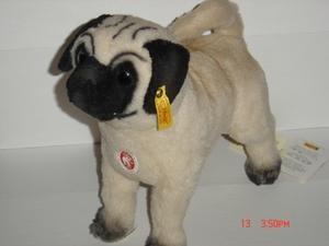 Mopsy Alpaca Pug Puppy by Steiff