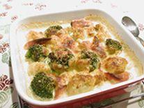 ブロッコリーとカリフラワーのカレー風味グラタン   サントリー レシピッタ - あなたにぴったり、お酒に合うかんたんレシピ