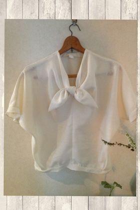 Drape blouse (Japanese)