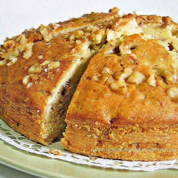 Margaret Fulton Banana and Walnut cake - Photo by KidsCook alt=