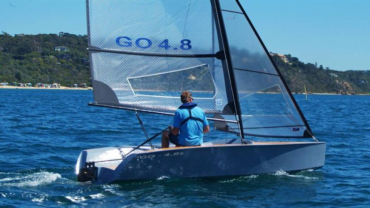 Sailing Dinghies, New sailing dinghies for sale, new yacht designs, free sailboat models, Cheap discount sailing dinghie sails and yachting parts.