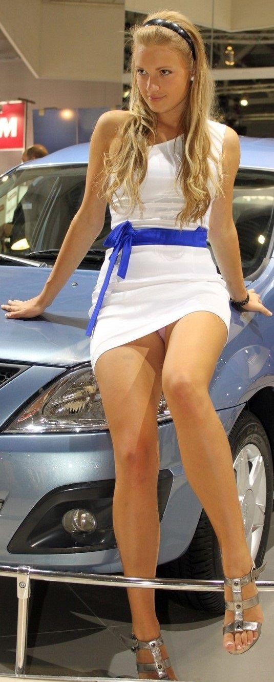 Upskirt pantyhose hidden real unposed