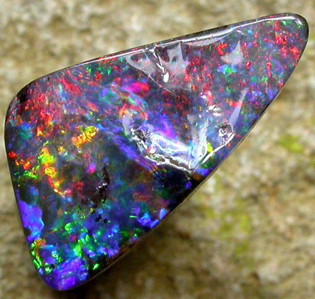 Boulder Opal 2 carats Auction #244149 Opal Auctions