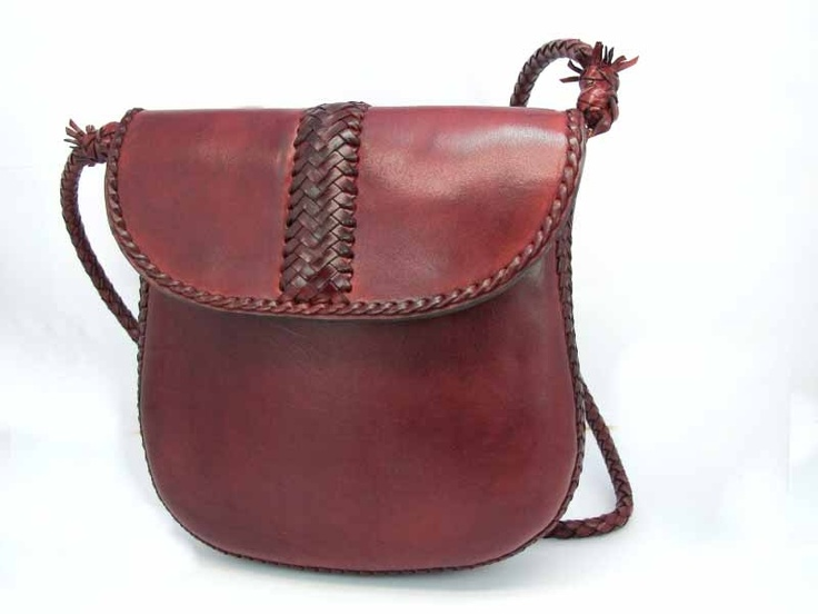 $349 Bag garnet. Manufactured with the finest materials, leather from beef. Leather design Handmade in Spain