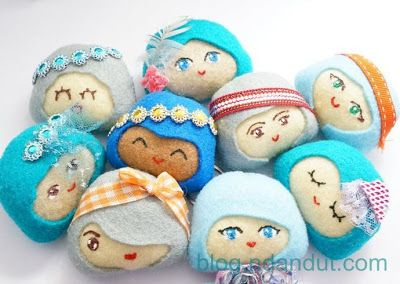 handmade doll brooch by Ndandut