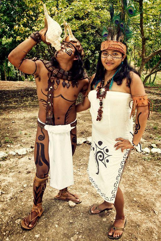ancient aztec clothing - 500×750