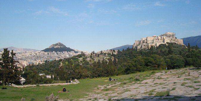 ΕΞΟΔΟΣ | Φιλοπάππου: Στο μπαλκόνι της Αθήνας