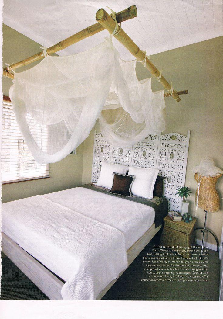 Klamboe frame van bamboe stokken. Handig en mooi