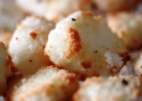 Amaretti al cocco - La ricetta di Buonissimo