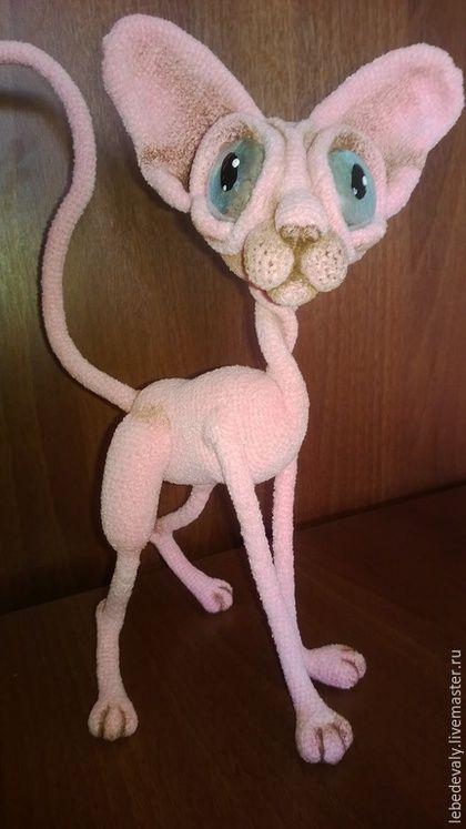 Игрушки животные, ручной работы. Заказать Сфинкс - лысый кот розового окраса. Лебедева Людмила (вязаные игрушки). Ярмарка Мастеров.