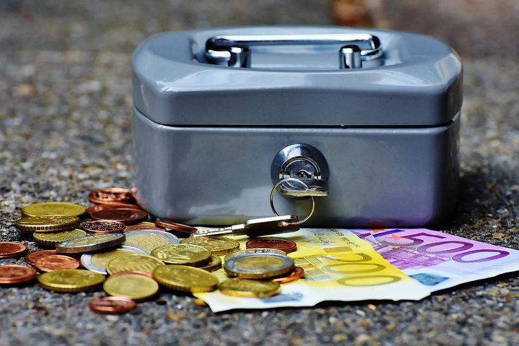 Los minicréditos rápidos son una forma muy habitual de obtener liquidez inmediata, aunque como todo producto financiero, conllevan una serie de costes asociados en concepto de intereses, gastos de gestión, etc. Por eso lo más ...