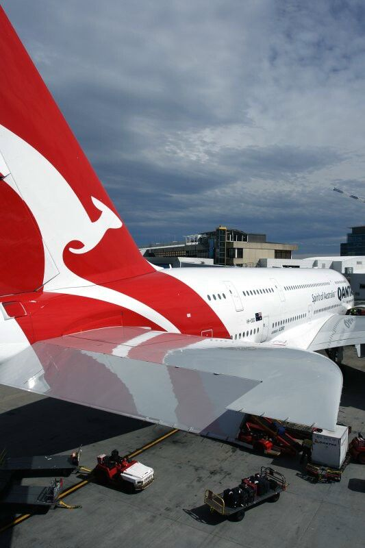 Qantas A380-800, Sydney Airport