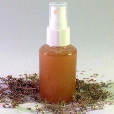Desodorante natural de romero y tomillo. No bloquea las funciones naturales de la piel.