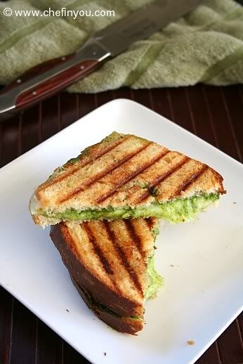 Spinach Pesto Grilled Cheese Sandwiches