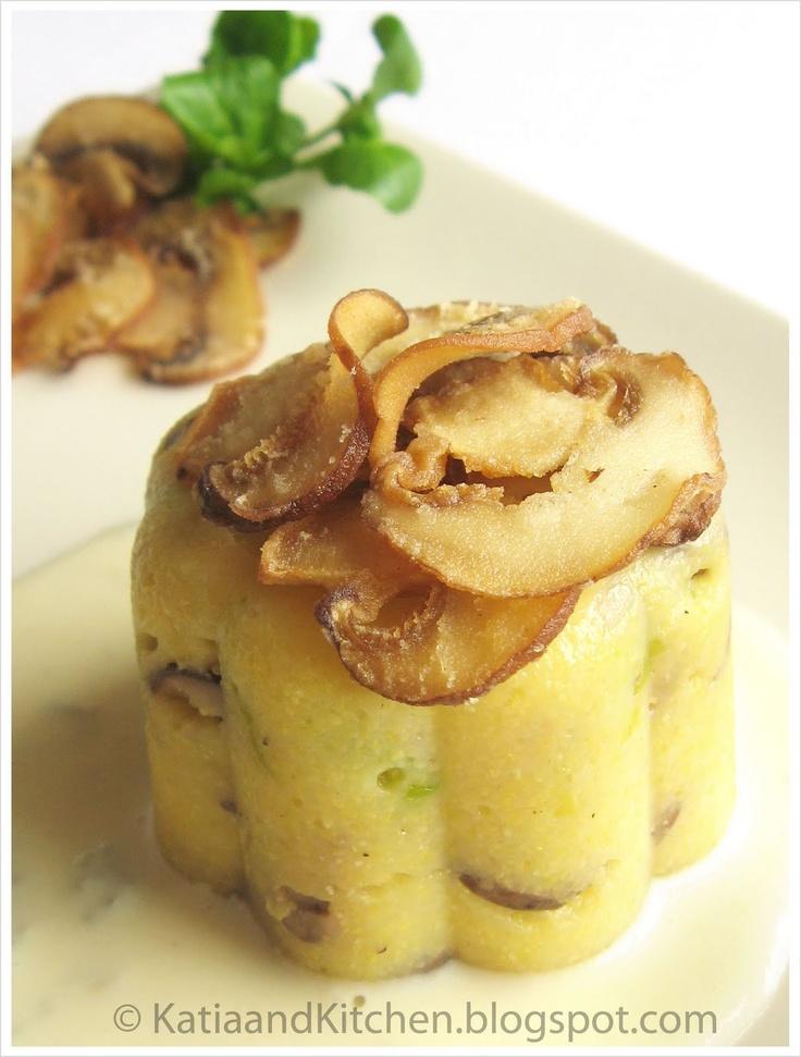 Mini polenta con porri, funghi e fonduta di Zola