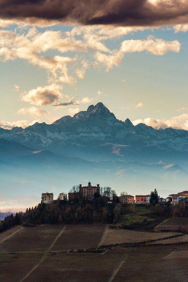 Le Langhe ed il Monviso, Piemonte, Italia