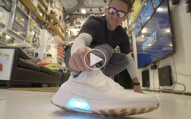 Casey Neistat tester Nikes nye selvsnørende sneakers