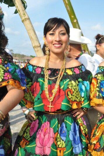 Traje tipico de Chiapas: Mexico
