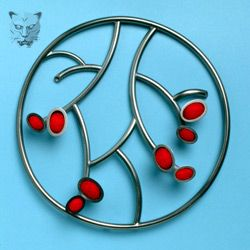 Brooch in the Artery series by Dorothy Hogg MBE