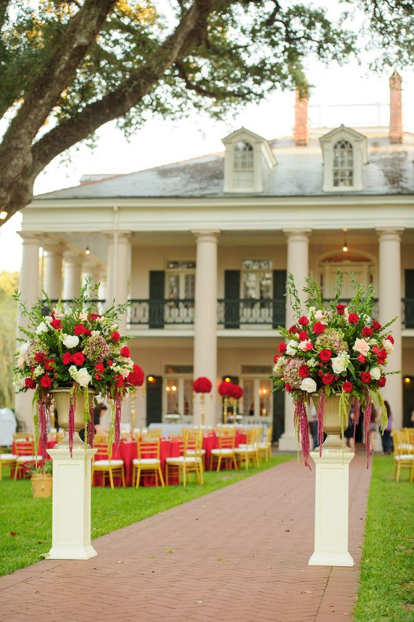 Red, White, & Gold Oak Alley Plantation Wedding|Photographer: Eye Wander Photo