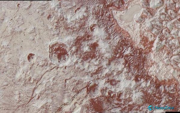 Ледяной дракон. Новые качетсвенные фото Плутона http://apral.ru/2017/04/29/ledyanoj-drakon-novye-kachetsvennye-foto-plutona/  Фото: NASA Поверхность Плутона, новые фотоNew Horizons передал новые уникальные снимки Плутона. NASA обнародовало новые высококачественные цветные фотографии Плутона, которые [...]