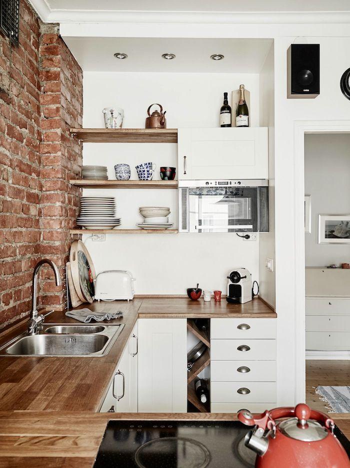 Wnętrza Zewnętrza - blog wnętrzarski: Skandynawskie mieszkanie z cegłą na kuchennej ścianie