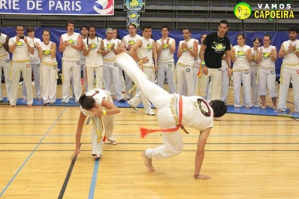 Batizado Vamos Capoeira Paris : www.capoeira-paris.net