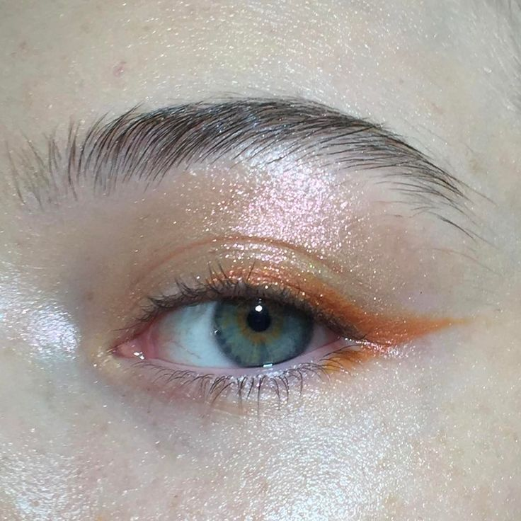 "2,555 Likes, 14 Comments - @annesophiecosta on Instagram: ""〰 the orange blossom eyeliner for this spring! With a little bit of sparkling. Makeup by me.…"""