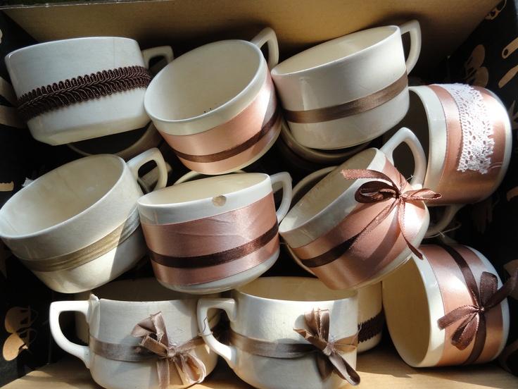 csészék: virágnak, dekorációnak