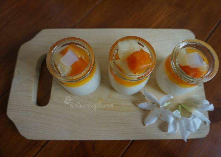 Terbayang puding sutra yang lembut dan lezat untuk hidangan dessert? Nyamm..Tak perlu waktu lama lho tuk buat puding cantik ini. Coba yuk resep Tropical Puding Sutra.
