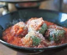 Recipe Ricotta gnocchi with tomato sauce by Wellsrob - Recipe of category Main dishes - vegetarian
