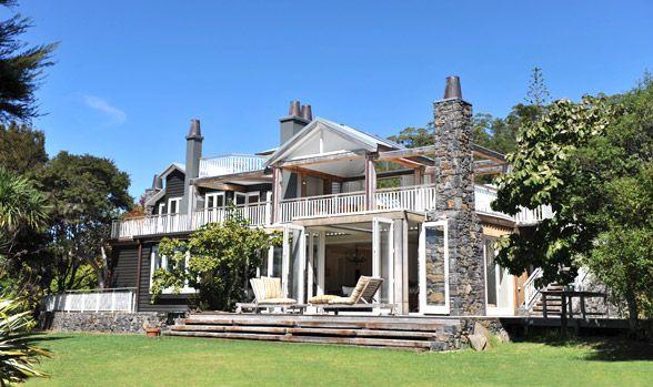 Luxury Accommodation | Cooks Beach Whitianga, New Zealand | Boutique Lodge Accommodation | 970 Lonely Bay Lodge New Zealand