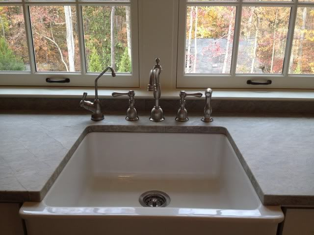 KITCHENS CABINETS THAT FIT A FARMHOUSE SINK Is The