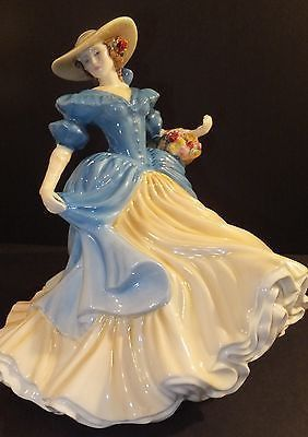 Royal Doulton Lady Anna Louise HN4966 Prestige Figure of Year 2007 New In Box - May be scuff marks on box from warehouse & number on certificate may be different than pictured. Designed by Valerie Ann