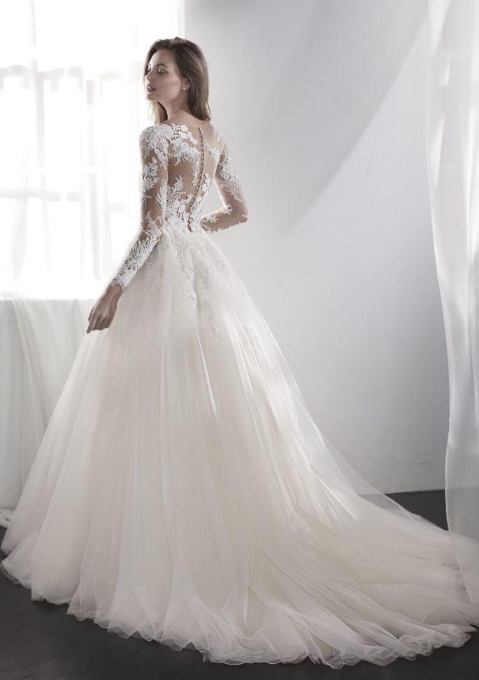 660 best Brautkleid images on Pinterest | Gown wedding, Wedding ...