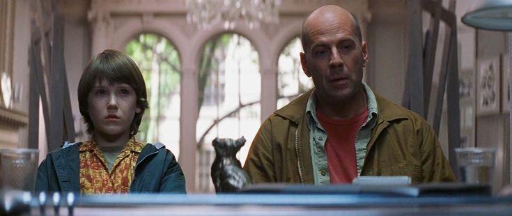 異裂Glass 誰說超級英雄電影一定要XXX