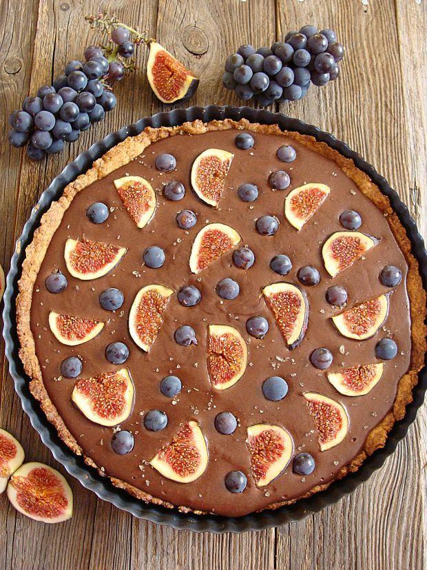 Orkiszowo-czekoladowa tarta z figami