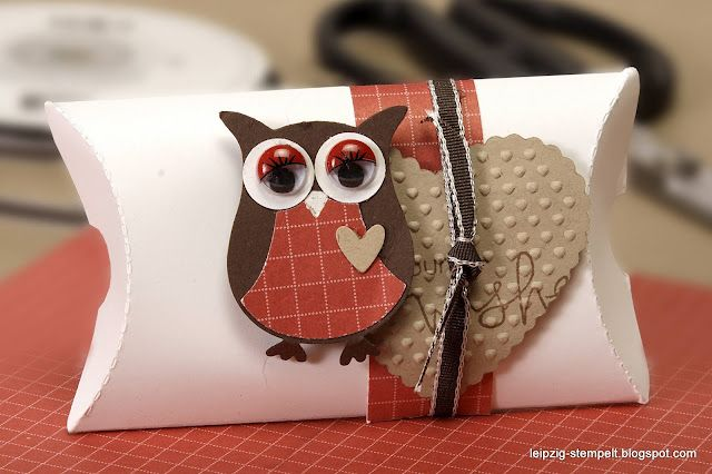 SU! Owl Punch and Pillow Box This would, actually make a cute pillow!