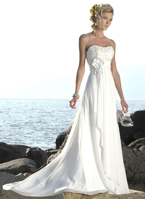 http://www.wedding-fairs.net/2011/07/29/strapless-lace-wedding-dresses/  oh my god.. in love