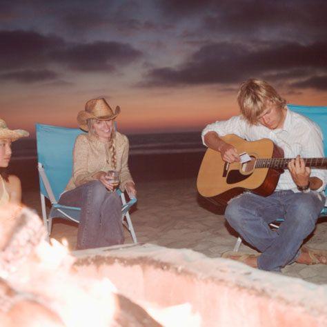 A Portable Beach Bonfire Menu